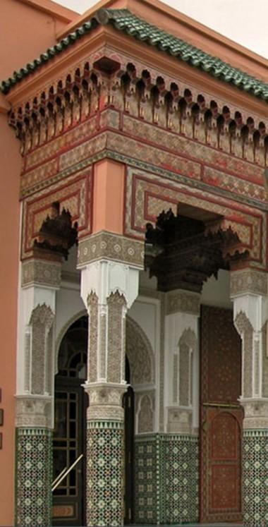 Tazouakt ou l'art du bois peint