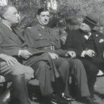 Roosevelt et Churchill et Charles de Gaulle à Casablanca en1943